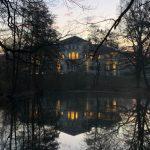 "Das ""Berner Schloss"" im Gutspark Berne, Hamburg-Farmsen-Berne, Februar 2019; Foto: Marc Buttler"