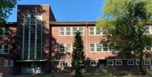 Schule Lienaustr. in Hamburg-Farmsen-Berne, Mai 2019