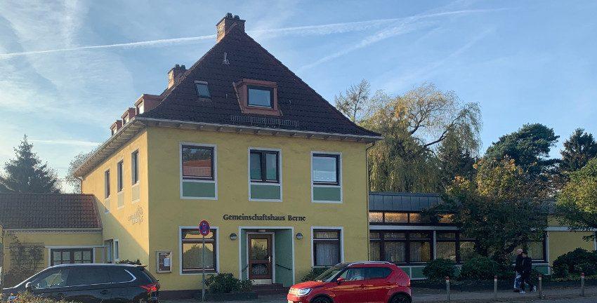 Siedlung Berne in Hamburg-Farmsen-Berne, Gemeinschaftshaus Berne (Oktober 2019); Foto: Marc Buttler