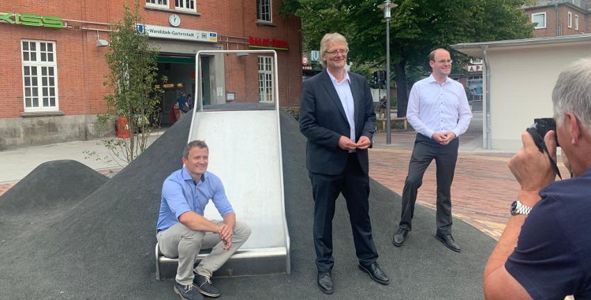 Ortstermin mit Bezirksamtsleiter Thomas Ritzenhoff zur Fertigstellung des Ostpreußenplatzes am 20.08.2020, Foto: Marc Buttler
