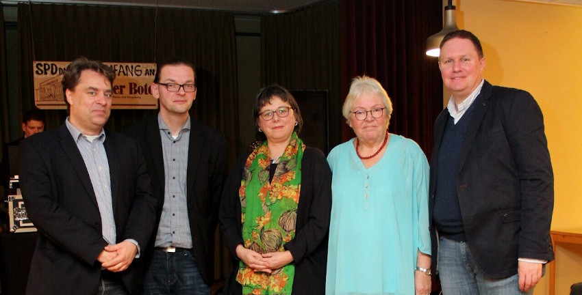 Fest des Berner Boten im Gemeinschaftshaus 2019; v.l.n.r: Marc Buttler, Lars Pochnicht, Julia Fabian, Monika Hauto, Dr. Carsten Brosda (Foto: Nick-Fabian Hauto)