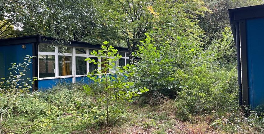 Pavillons der ehemaligen Grundschule Lienaustraße